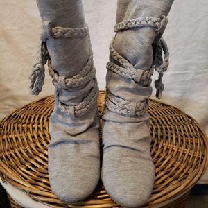 Aldo grey hidden wedge braid detail boot size 38